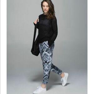 Lululemon City Jogger Pants Crop Black&White Sz 10